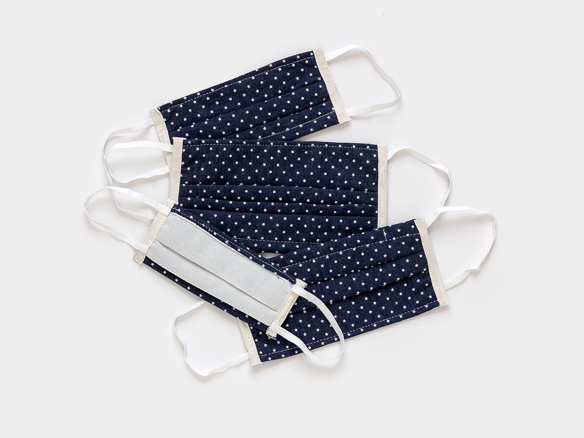 Fotografía producto textiles fondo gris con sombras